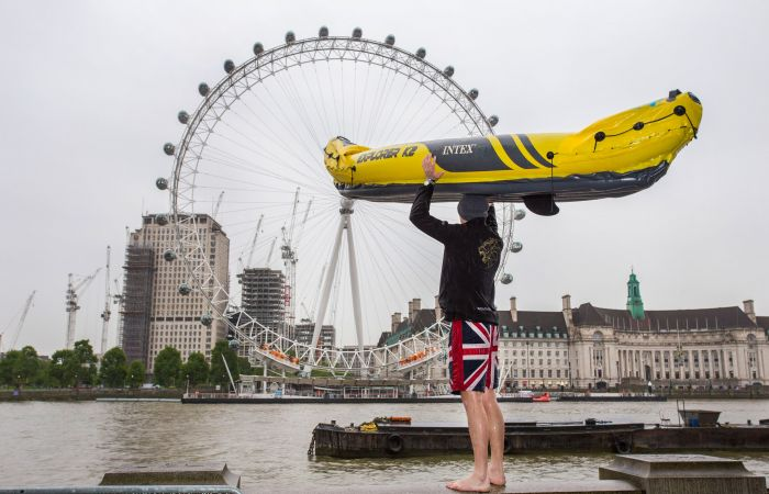 How a kayak commute turned heads in central London