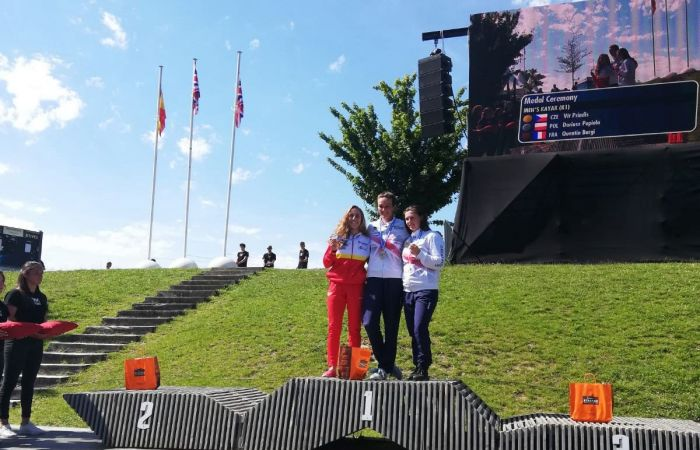 Women's C1 gold and bronze for Great Britain